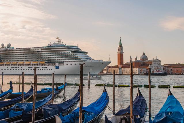 2017 06 - Venice-38-2.jpg