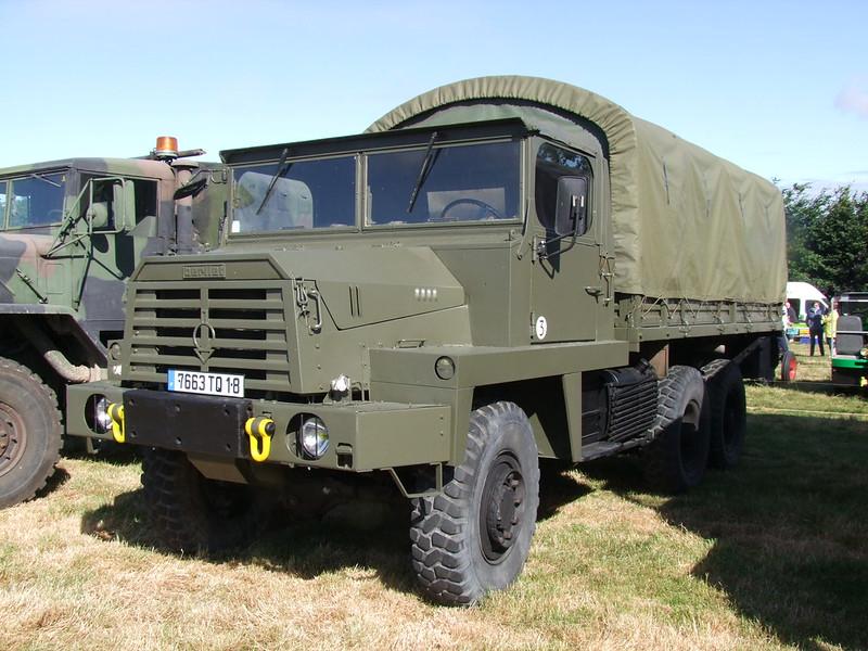 Rassemblement de camions anciens en Normandie 35491410796_f61fe42c5a_c