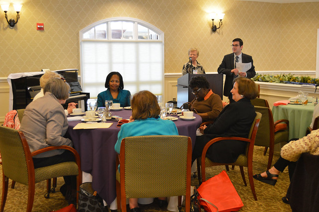 GenMtgMayLunch2017_0054; Dr. Gregory Geehern answering questions from the audience.