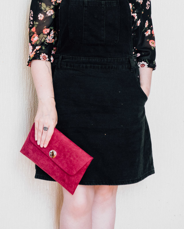 berry clutch from simply be