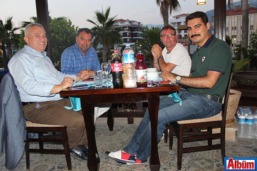 ALSMO'nun iftarına ALTSO Başkanı Mehmet Şahin de katıldı.