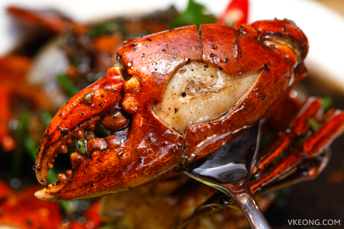 Baan Rao Black Pepper Crab Claw
