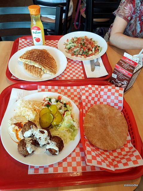 Bagel Nash Dufferin eatery