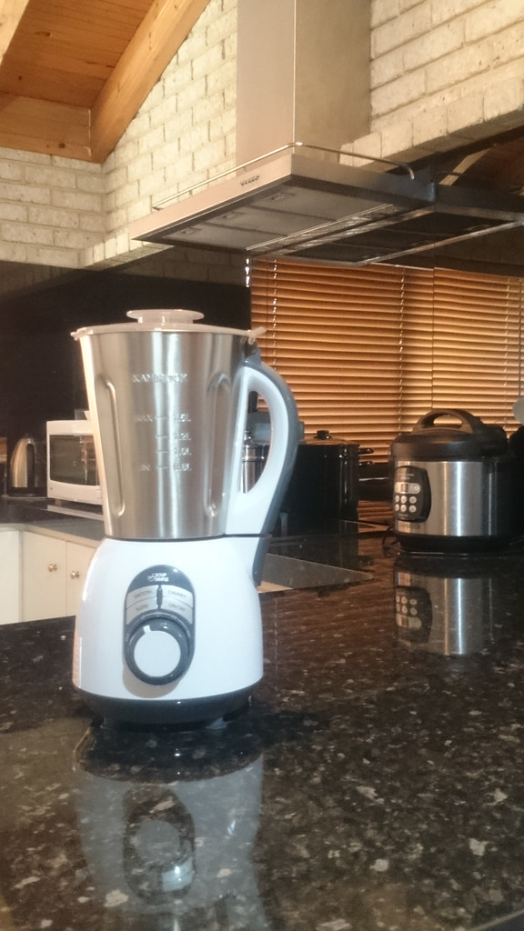 Kambrook; soup maker; case kitchen; soup 2 simple;