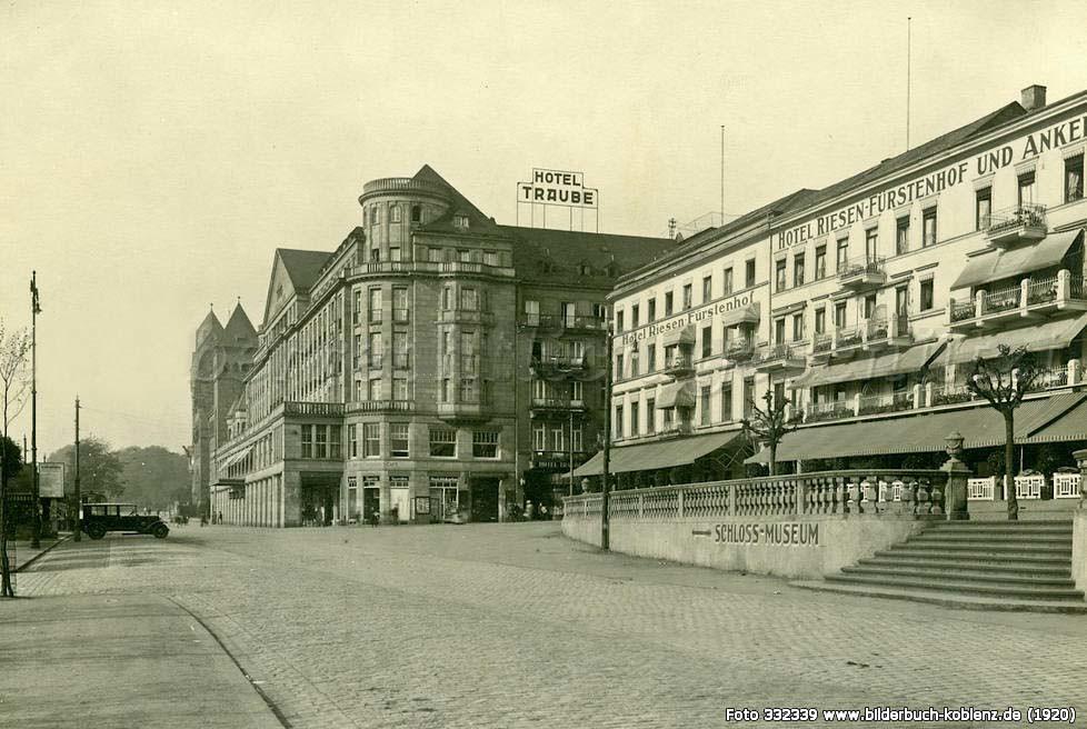 Hotel Riesen-Fürstenhof Koblenz, 1920, Hotels am Rheinufer, Bilderbuch Koblenz, Straßenansicht