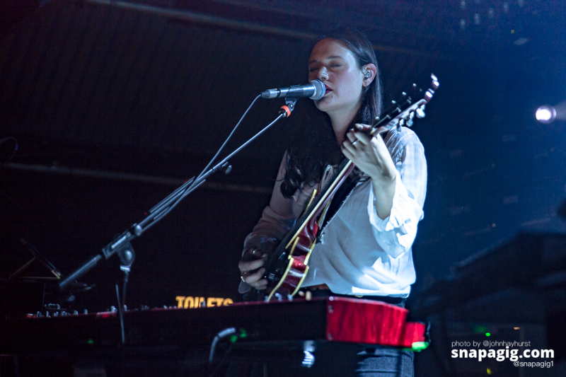 Staves-Manchester-31-5-17-7