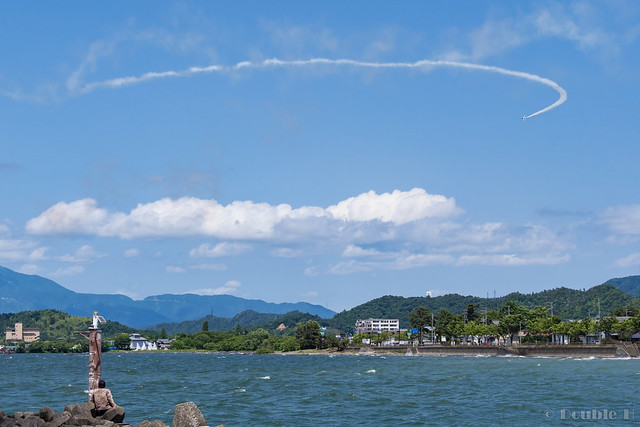 Blue Impulse's rehearsal flight for the 410th anniv. of Hikone Castle (42) 720 degree Turn