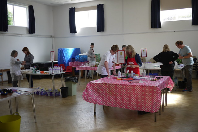 Messy Church Does Science at Cheltenham