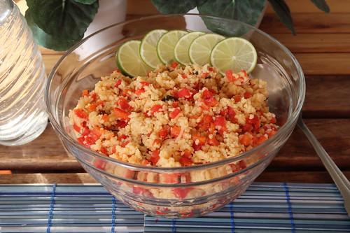 Couscoussalat mit Limetten, Paprika und Koriander