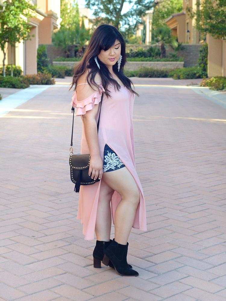 Curvy Girl Chic Haute Fox Plus Size Festival Coachella Outfit Maxi Top Torrid Shorts