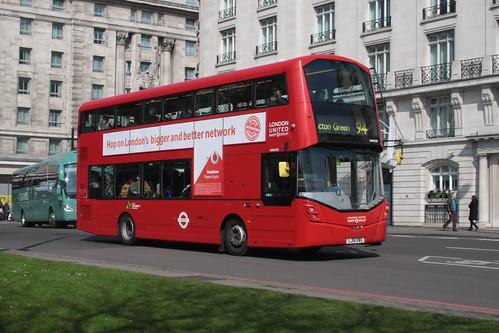London United VH45195 LJ16EWU