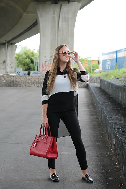 black-and-white-whole-outfit-front-wiebkembg