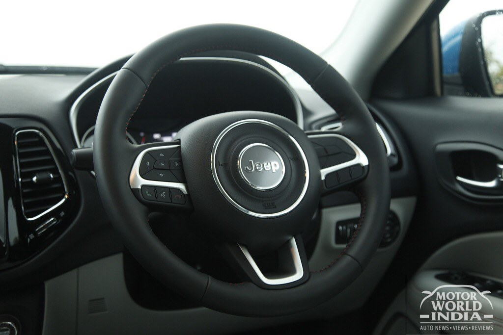 Jeep-Compass-Limited-Interiors (22)