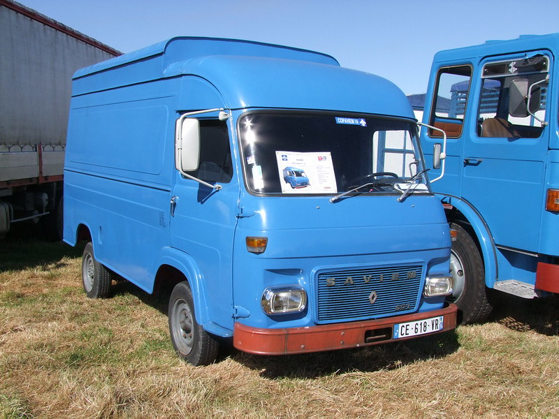 Rassemblement de camions anciens en Normandie 34699497944_6d867614b8_c