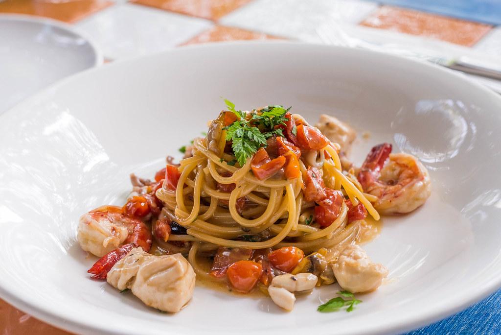 Quayside_isle_Sole_Pomodoro_Spaghetti_Al_Fruitti_De_Mare