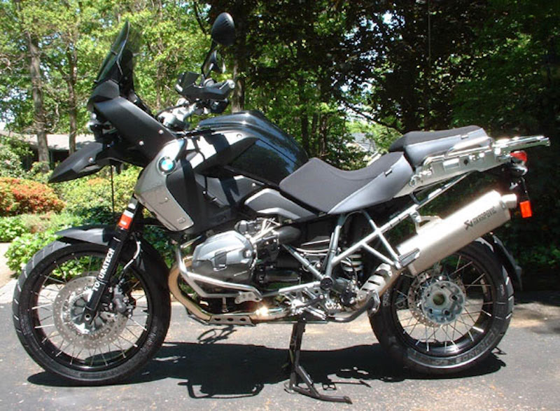 2011 BMW R1200GS Triple Black Desierto 3 GOBBI Special Edition