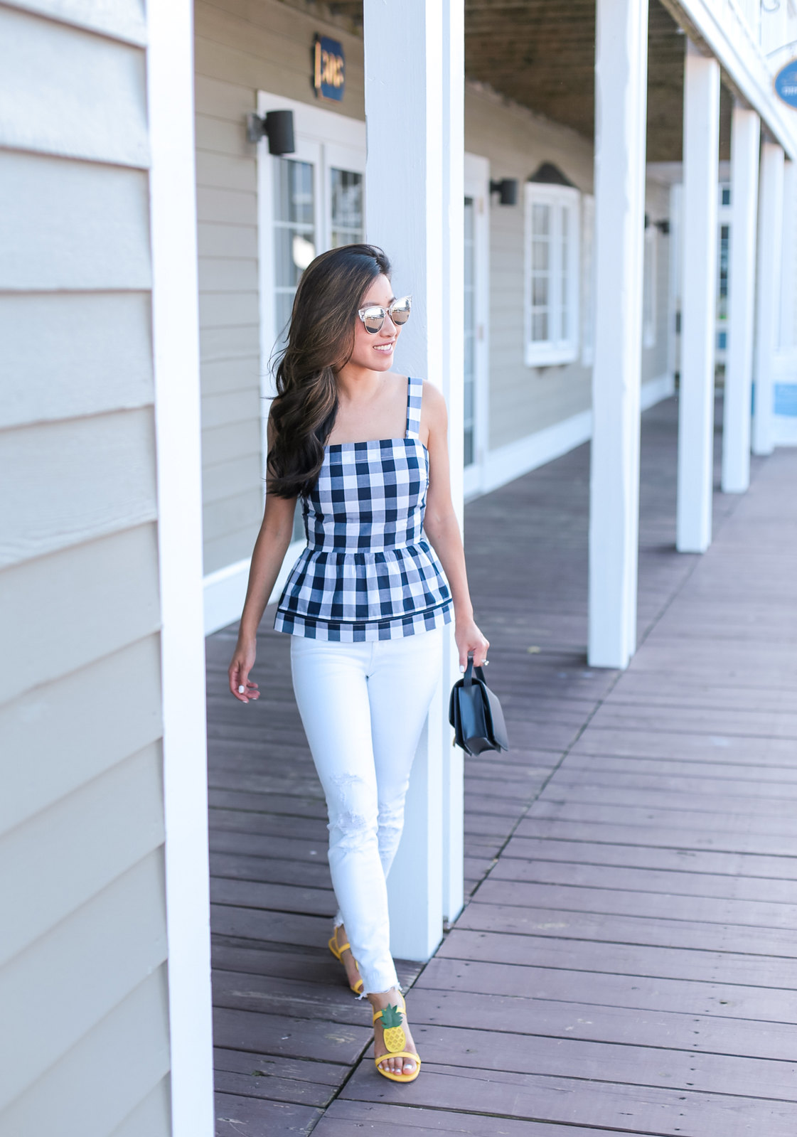 white j brand skinny jeans summer outfit petite style