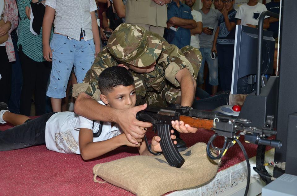 الصناعة العسكرية الجزائرية  [ AKM / Kalashnikov ]  - صفحة 2 35708550961_a52792afb6_o