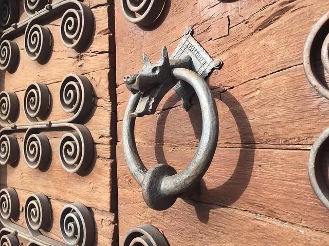 Puerta medieval de Sant Esteve d'en Bas (La Garrotxa, Girona)