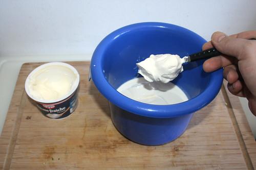38 - Creme fraiche addieren / Add creme fraiche