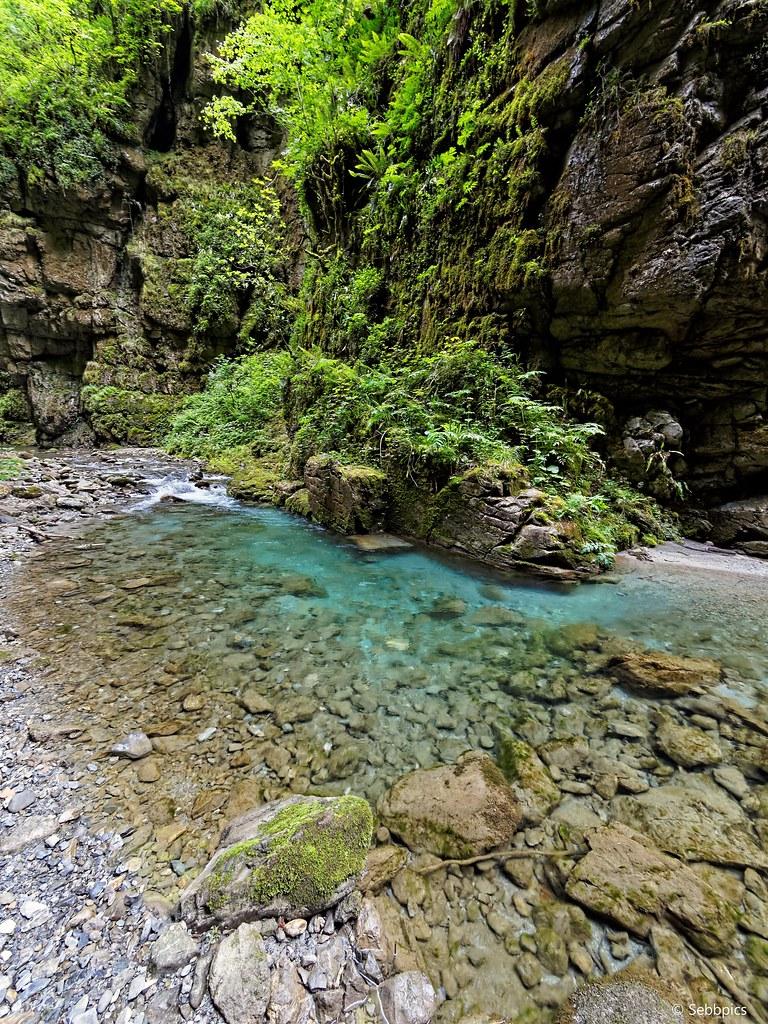 """La cascade """"cachée"""" de Kakuetta 35113754210_18e461afd8_b"""