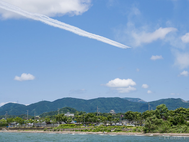 Blue Impulse's rehearsal flight for the 410th anniv. of Hikone Castle (18) Phoenix Low Pass