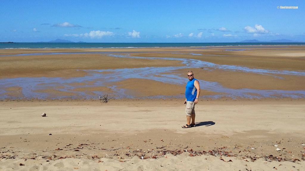 Hemmo Buchasia-rannalla Mackayssä, Australiassa