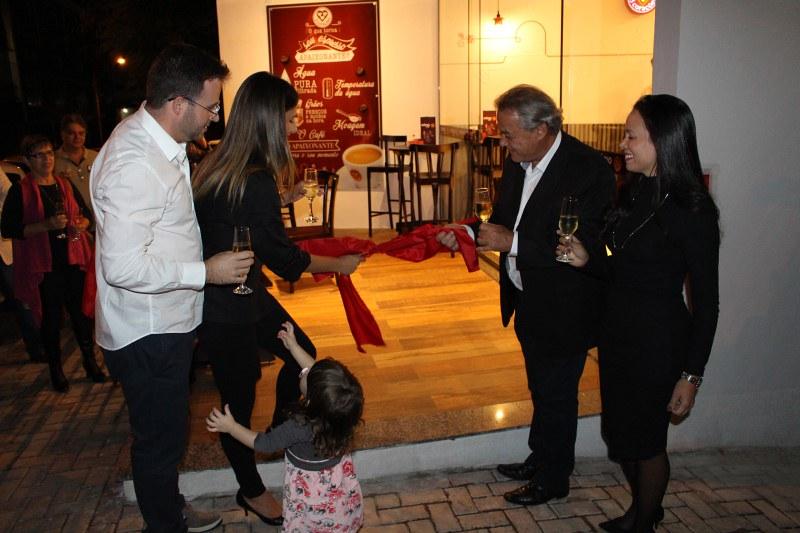 Cafeteria Mimo Café é inaugurada em Varginha (MG)