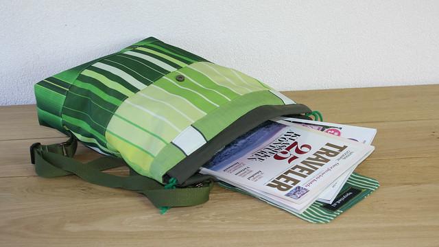 een groene rugzak