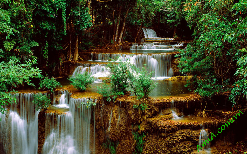 Download waterfall wallpaper at AmiA