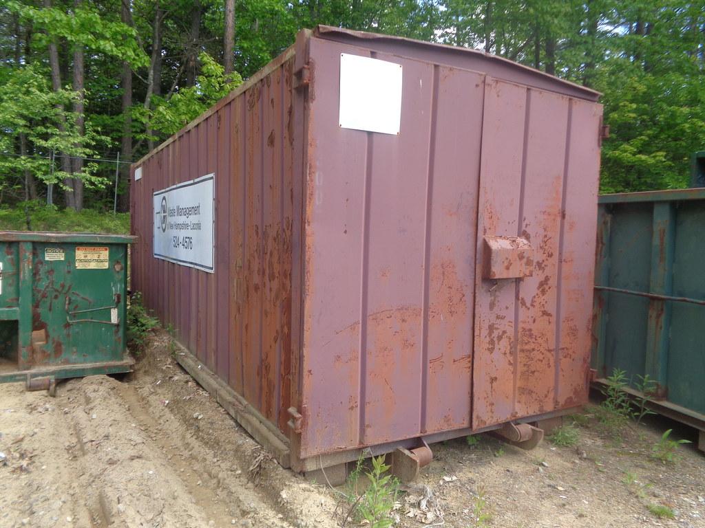 Waste Management WMX Modulaire Rolloff Storage Container wmx