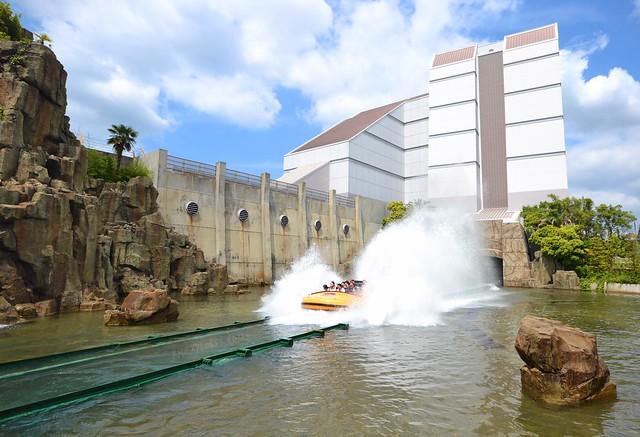 universal studios japan jurassic park the ride