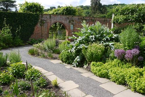 Hampton Court Gardens, Malvern
