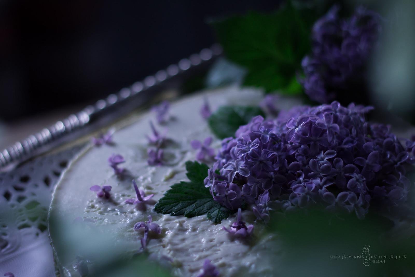 Midsummer's cake