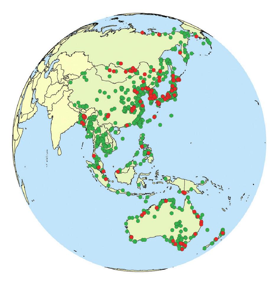 綠點為候鳥重要的棲息地;紅點為其中屬於東亞-澳洲遷徙線的重要棲地。圖片來源:東亞-澳洲遷飛區夥伴關係(East Asian-Australasian Flyway Partnership)