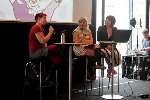 Erika Moen, Stef Gaines och Lisa medin.