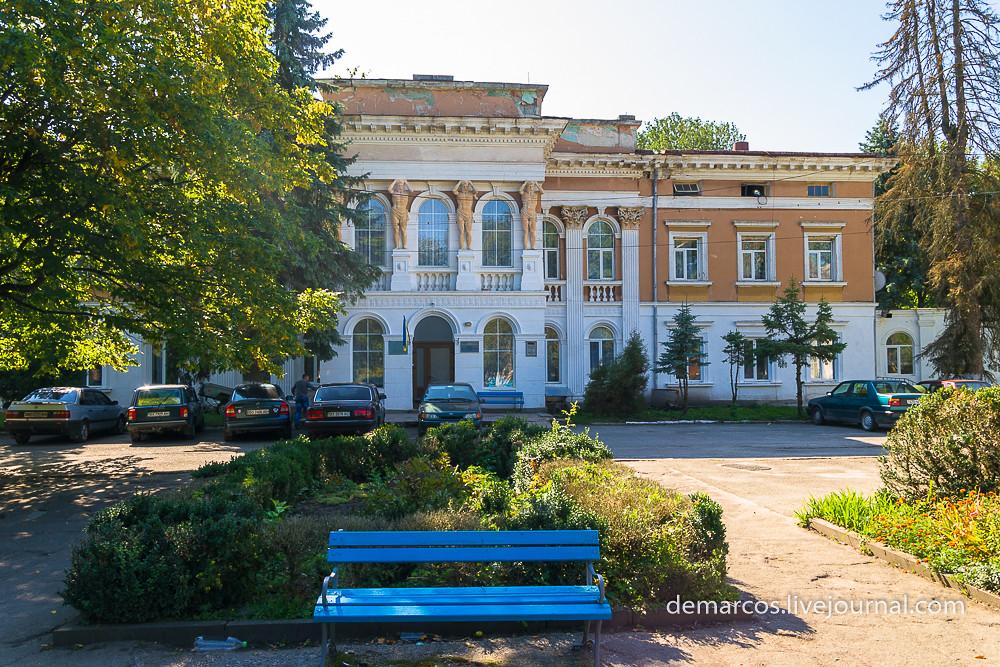 palats_pototskykh_mykulyntsi