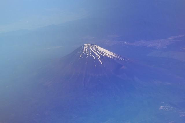 飛行機から見る富士山