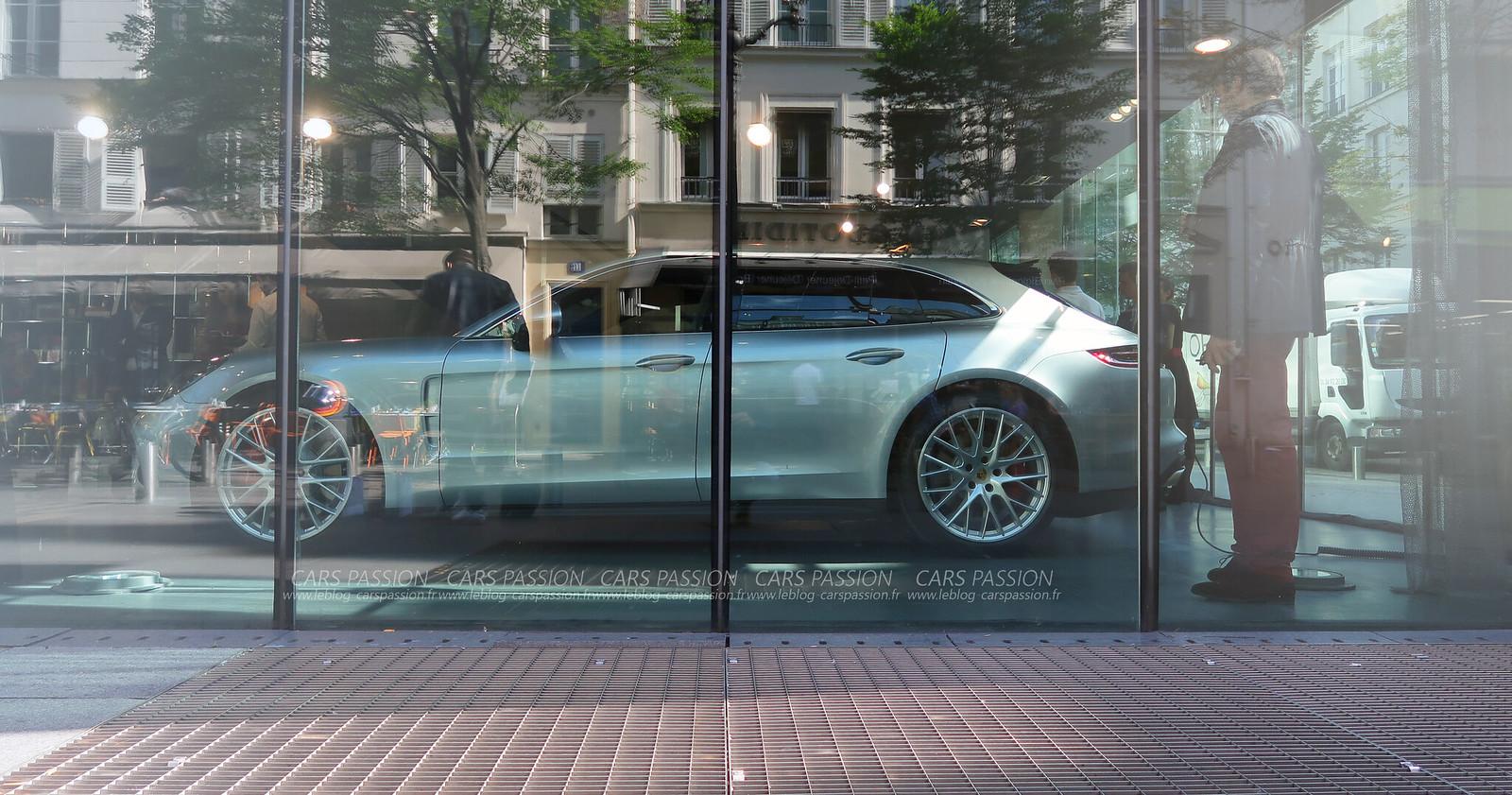 Porsche Panamera Turbo Turismo 2017