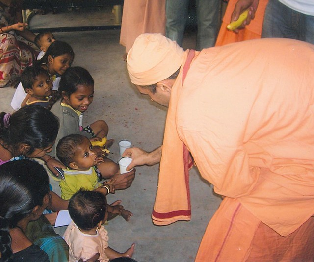 Relief Activities Belur Math Ramakrishna Math And Ramakrishna