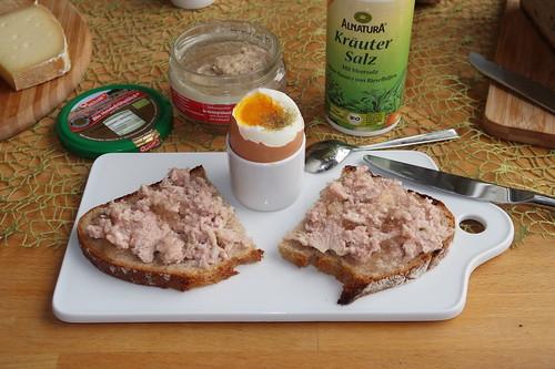 Heidefrühstück auf Dinkel-Quark-Brot