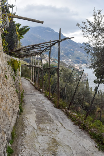 Pathway from Ravello to Minori, Amalfi Coast, Italy | by Gwendolyn Stansbury