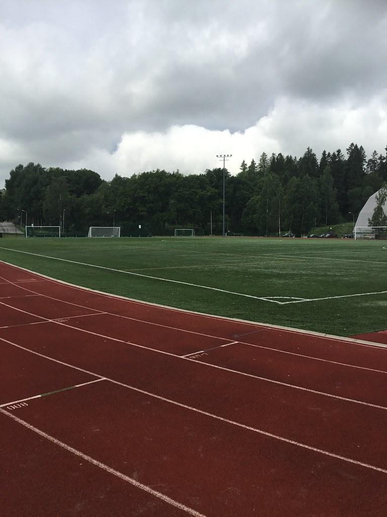 Kuva toimipisteestä: Laaksolahden urheilupuisto / Yleisurheilukenttä