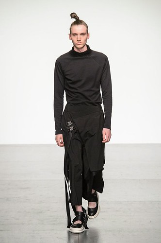 D.Gnak Spring 2018 Men's Fashion Show.