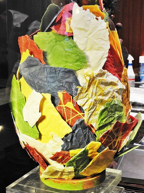 Colourful Leaf Egg Cake