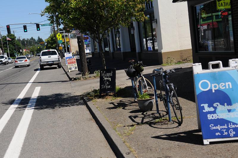 New bikeways on Lombard-21.jpg