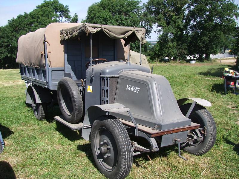 Rassemblement de camions anciens en Normandie - Page 2 35592975195_a7a5decb4e_c