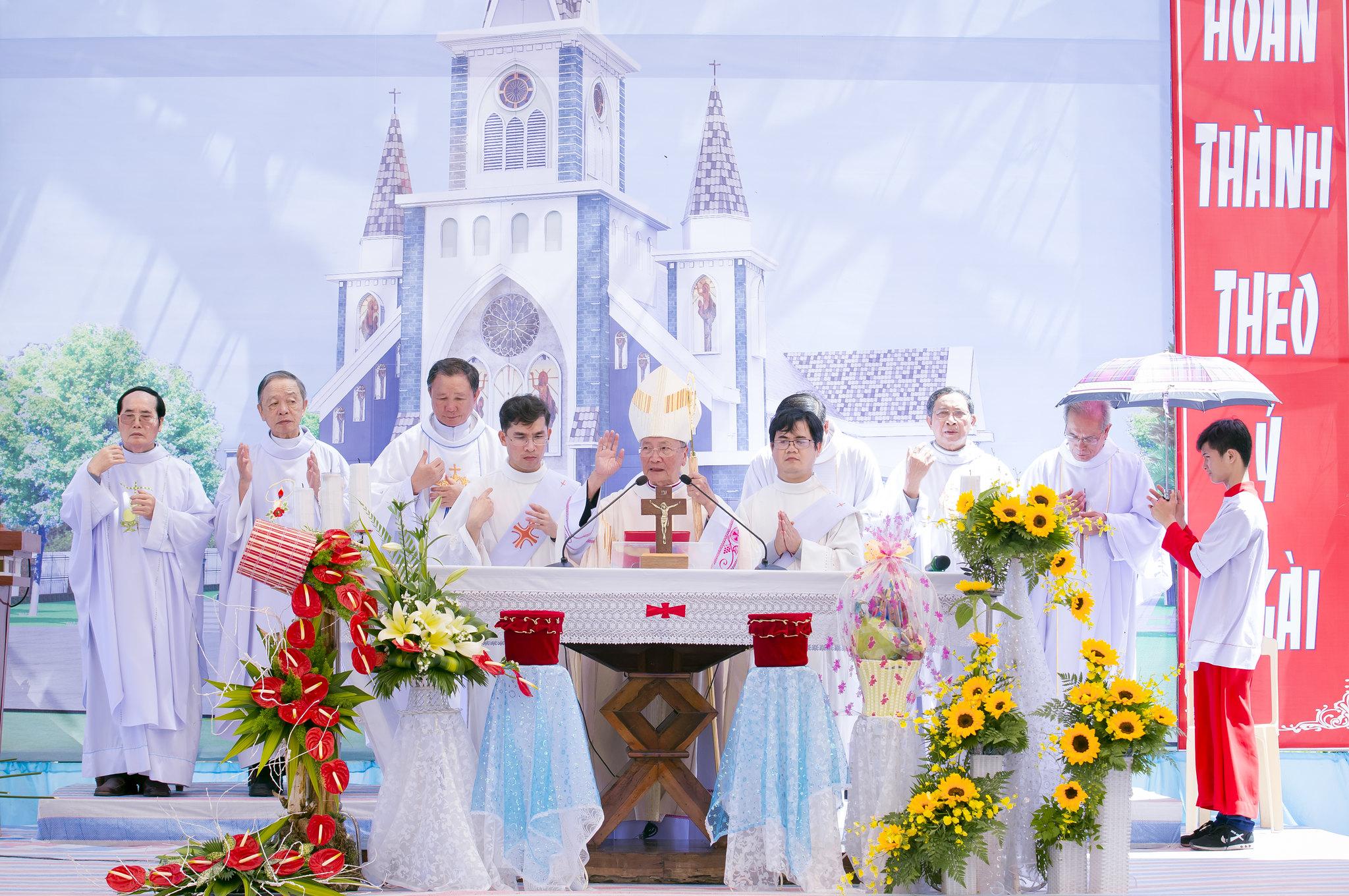 Lễ Đặt Viên Đá Đầu Tiên Nhà Thờ Các Thánh Tử Đạo Việt Nam