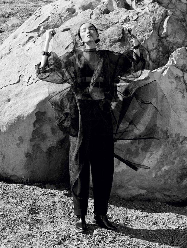 Fei-Fei-Sun-Vogue-China-Ben-Toms-12-620x824