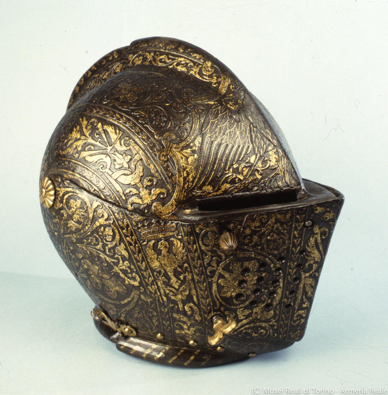 ポンペオ・デッラ・カーザに帰属の《ヴィンチェンツォ1世・ゴンザーガの冑》(1584年頃、トリノ王立兵器博物館)